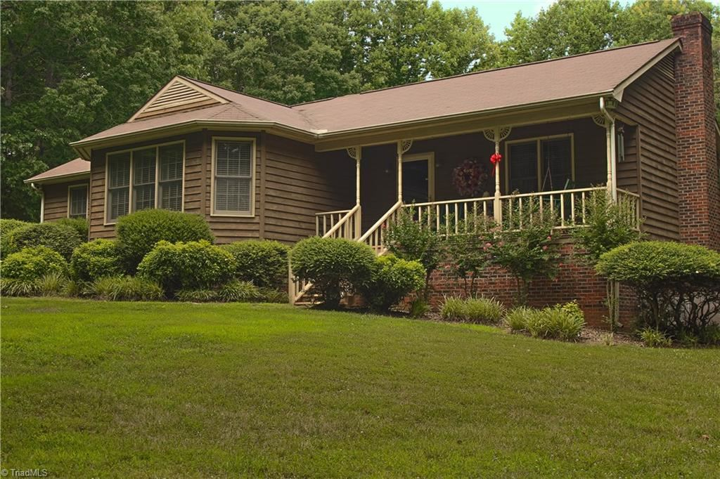Photo of 1502 Henley Country Road, Randleman, NC 27317 (MLS # 963699)
