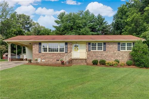 Photo of 1326 Linville Drive, Reidsville, NC 27320 (MLS # 1034718)