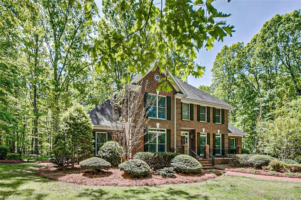 Photo of 1001 Viewmont Drive, Asheboro, NC 27205 (MLS # 987720)