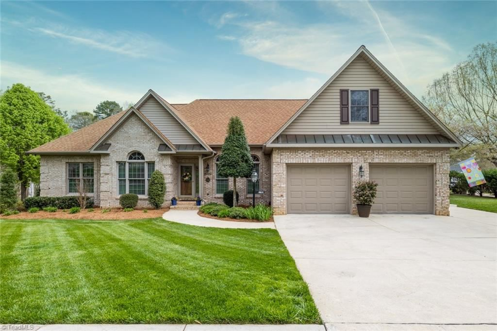 Photo of 4000 Baytree Court, High Point, NC 27262 (MLS # 971728)