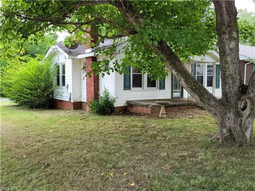 Photo of 212 E Moore Avenue, High Point, NC 27263 (MLS # 1028737)