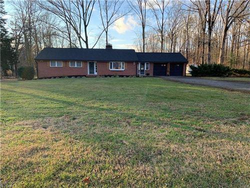 Photo of 4140 Hampton Road, Clemmons, NC 27012 (MLS # 1007740)