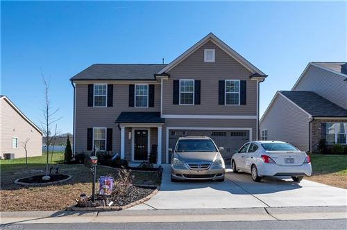 Photo of 4497 River Gate Drive, Clemmons, NC 27012 (MLS # 1007771)