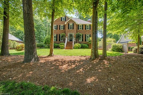 Photo of 3419 Tanglebrook Trail, Clemmons, NC 27012 (MLS # 1023787)