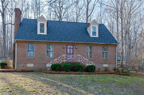 Photo of 577 Horse Mountain Drive, Asheboro, NC 27205 (MLS # 1013821)