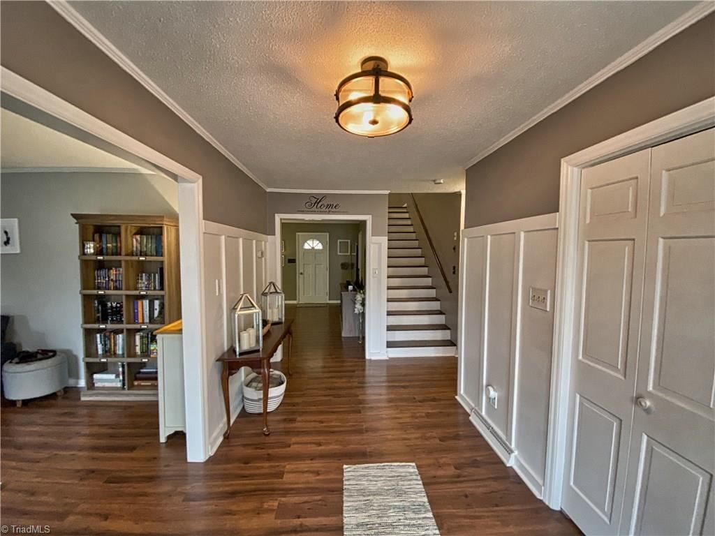 Photo of 299 Merry Hills Court, High Point, NC 27262 (MLS # 961823)