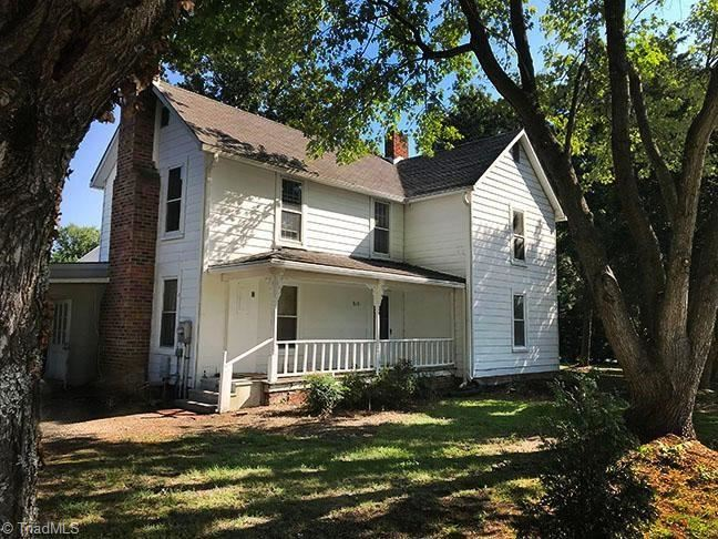 Photo of 515 Oakview Road, High Point, NC 27265 (MLS # 955828)
