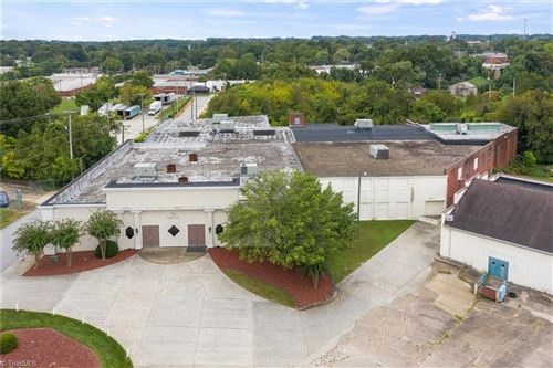 Photo of 300 Oak Street, High Point, NC 27260 (MLS # 948832)