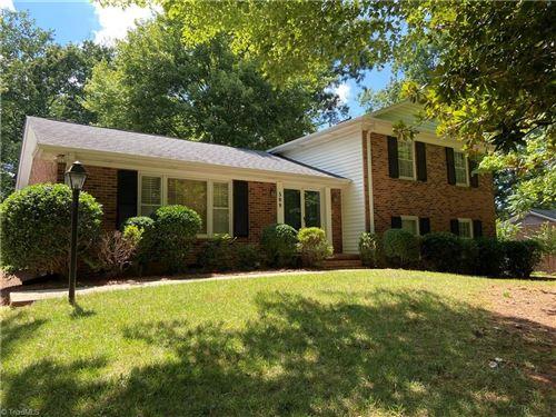Photo of 509 Leawood Drive, Greensboro, NC 27410 (MLS # 000833)