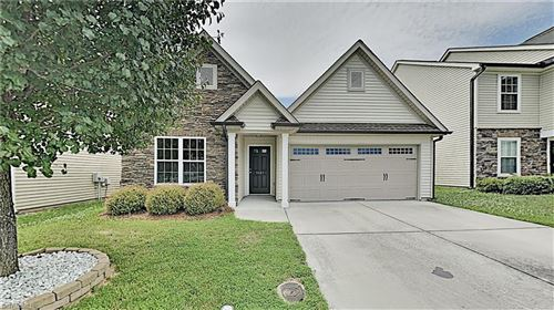 Photo of 5567 Misty Hill Circle, Clemmons, NC 27012 (MLS # 983846)
