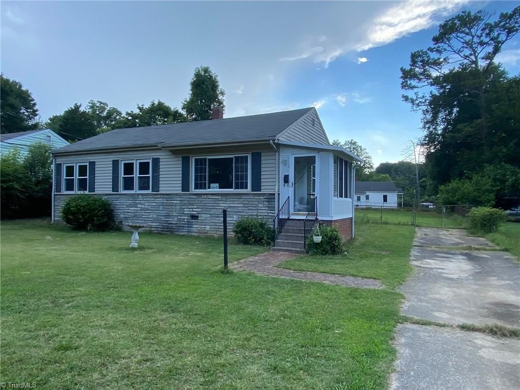 Photo of 913 Denny Street, High Point, NC 27262 (MLS # 984846)