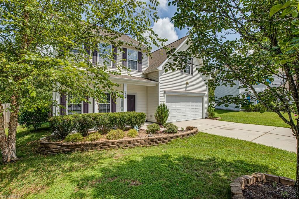 Photo of 826 Hartley Hill Court, High Point, NC 27265 (MLS # 988850)