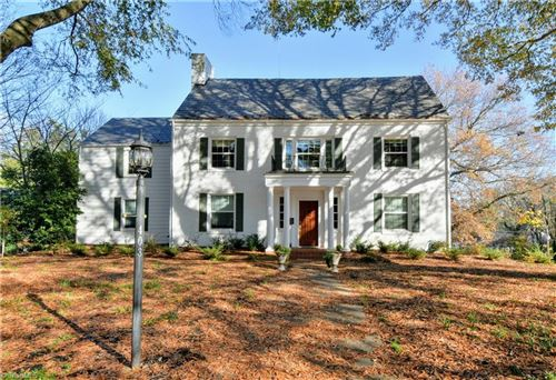 Photo of 403 Springdale Avenue, Winston Salem, NC 27104 (MLS # 996856)
