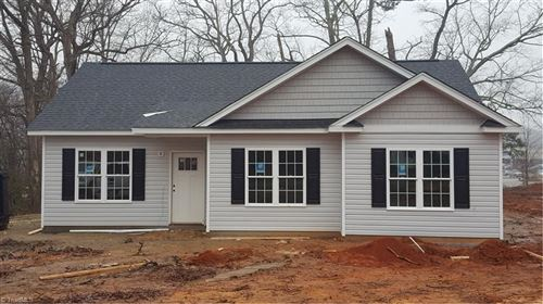 Photo of 628 Eisenhower Street, Yadkinville, NC 27055 (MLS # 1008858)