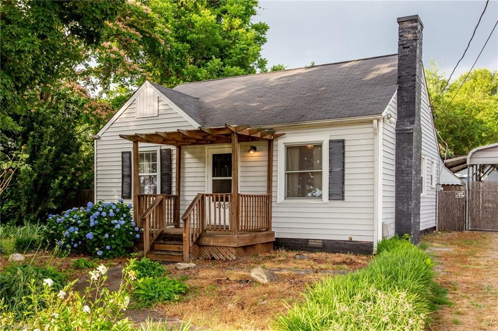 Photo of 2105 Baltimore Street, High Point, NC 27263 (MLS # 984858)