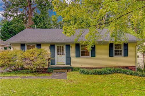 Photo of 2308 Lyndhurst Avenue, Winston Salem, NC 27103 (MLS # 996870)