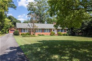 Photo of 3205 Nottingham Road, Winston Salem, NC 27104 (MLS # 945872)
