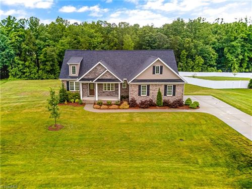 Photo of 221 Centenary Ridge Drive, Clemmons, NC 27012 (MLS # 981872)