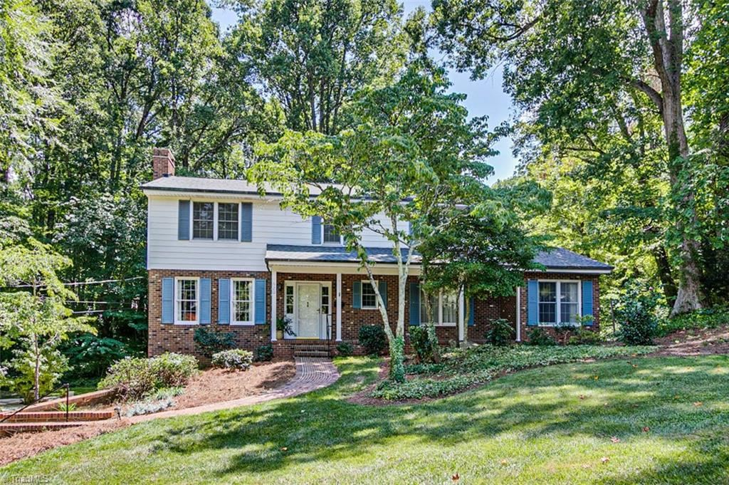 Photo of 620 Maple Avenue, Asheboro, NC 27203 (MLS # 987876)