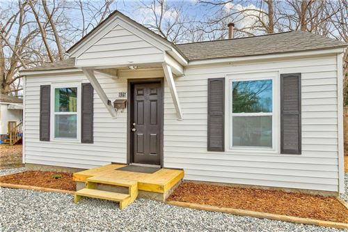 Photo of 925 Marlboro Street, High Point, NC 27260 (MLS # 1008877)
