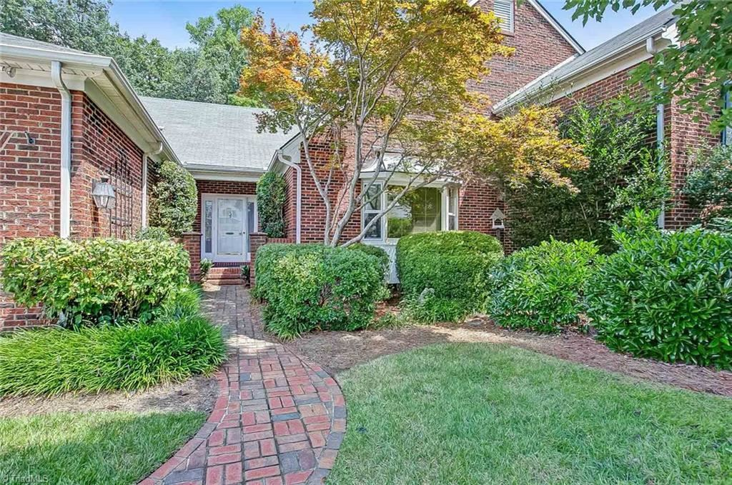 Photo of 1823 Country Club Drive, High Point, NC 27262 (MLS # 985883)