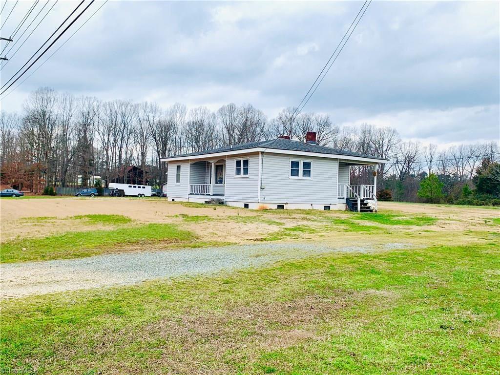 Photo of 1192 Sink Farm Road, Lexington, NC 27295 (MLS # 976887)