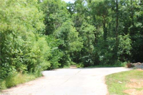 Photo of 116 Bay Tree Lane, Thomasville, NC 27360 (MLS # 1023919)