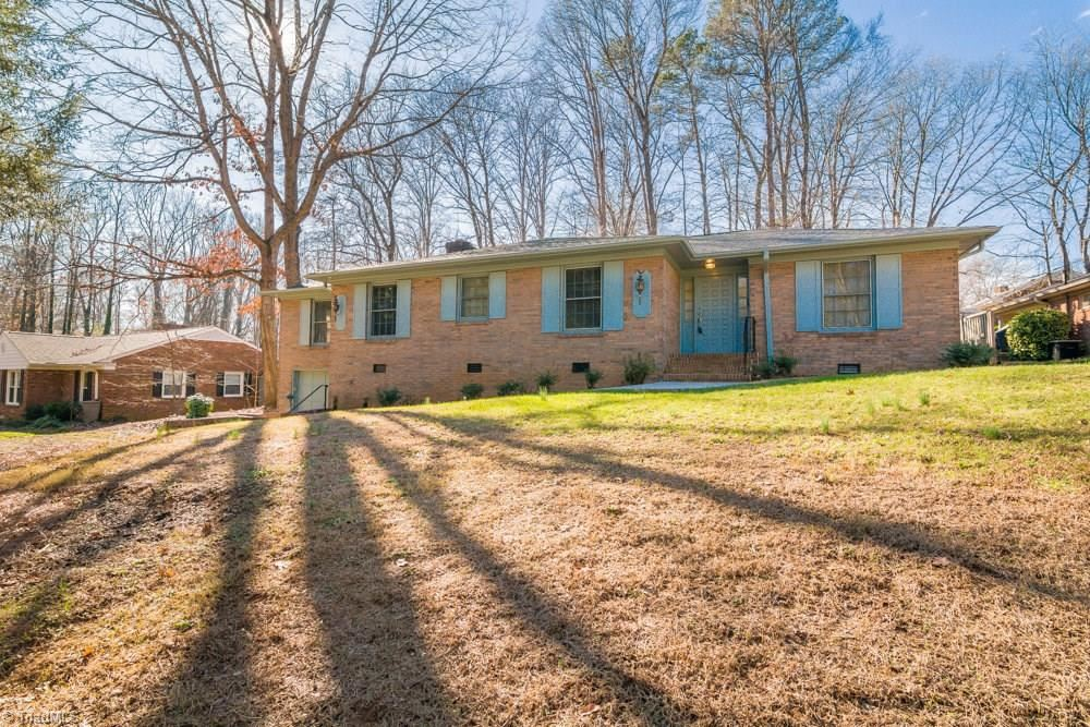 Photo of 1303 Alderman Drive, Greensboro, NC 27408 (MLS # 962924)