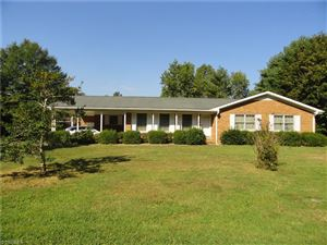 Photo of 126 Forest Park Drive, Thomasville, NC 27360 (MLS # 949929)