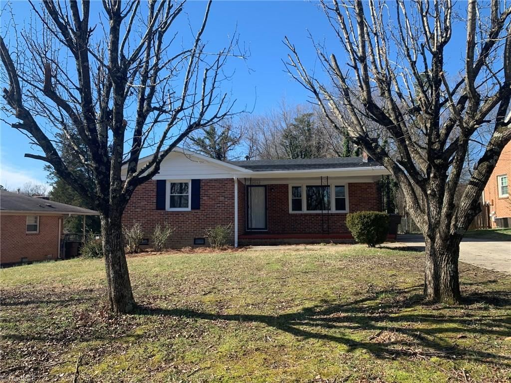 Photo of 2012 Vanstory Street, Greensboro, NC 27403 (MLS # 962931)