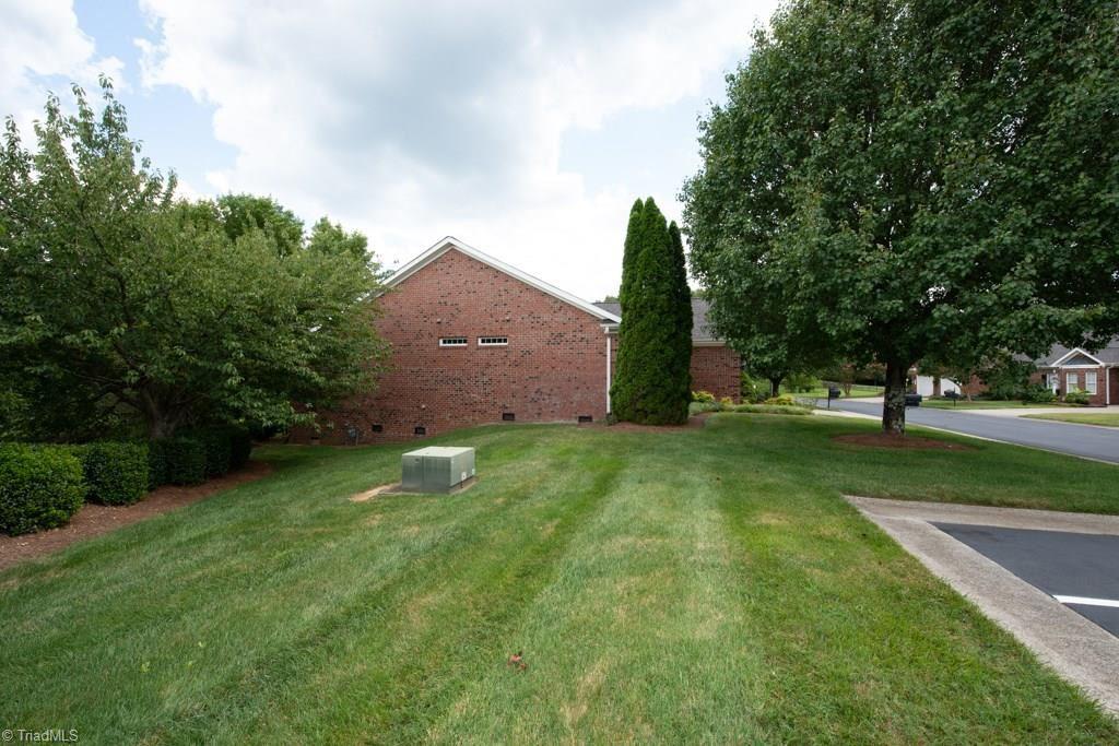Photo of 4288 Lumsden Lane, High Point, NC 27265 (MLS # 987981)
