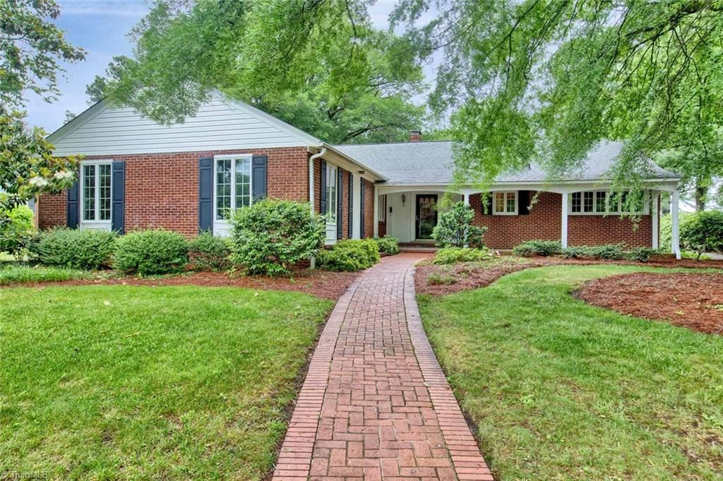 Photo of 1112 Rockford Road, High Point, NC 27262 (MLS # 970983)