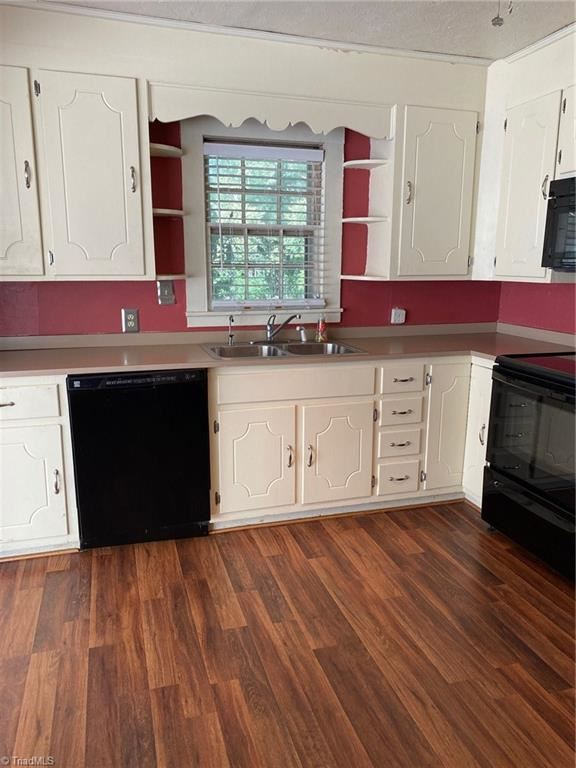 Photo of 202 Northeast Drive, Archdale, NC 27263 (MLS # 994985)