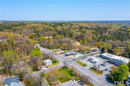 Photo of 100 Umstead Drive, Chapel Hill, NC 27516-1826 (MLS # 2376072)