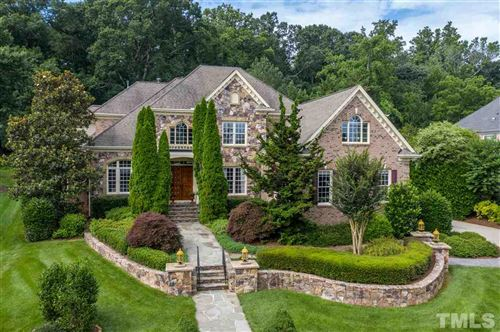 Photo of 107 Lake Manor Road, Chapel Hill, NC 27516 (MLS # 2326082)