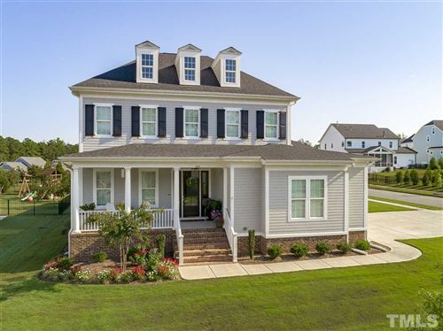 Photo of 401 Quaker Meadows Court, Holly Springs, NC 27540 (MLS # 2285114)