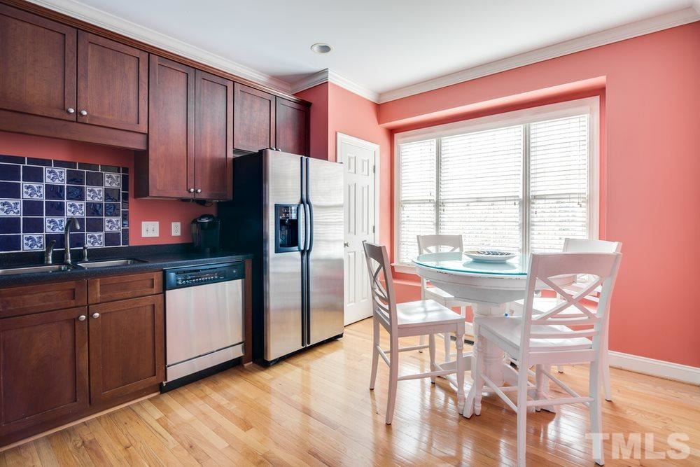 Photo of 1300 Cameron View Court, Raleigh, NC 27607 (MLS # 2310124)