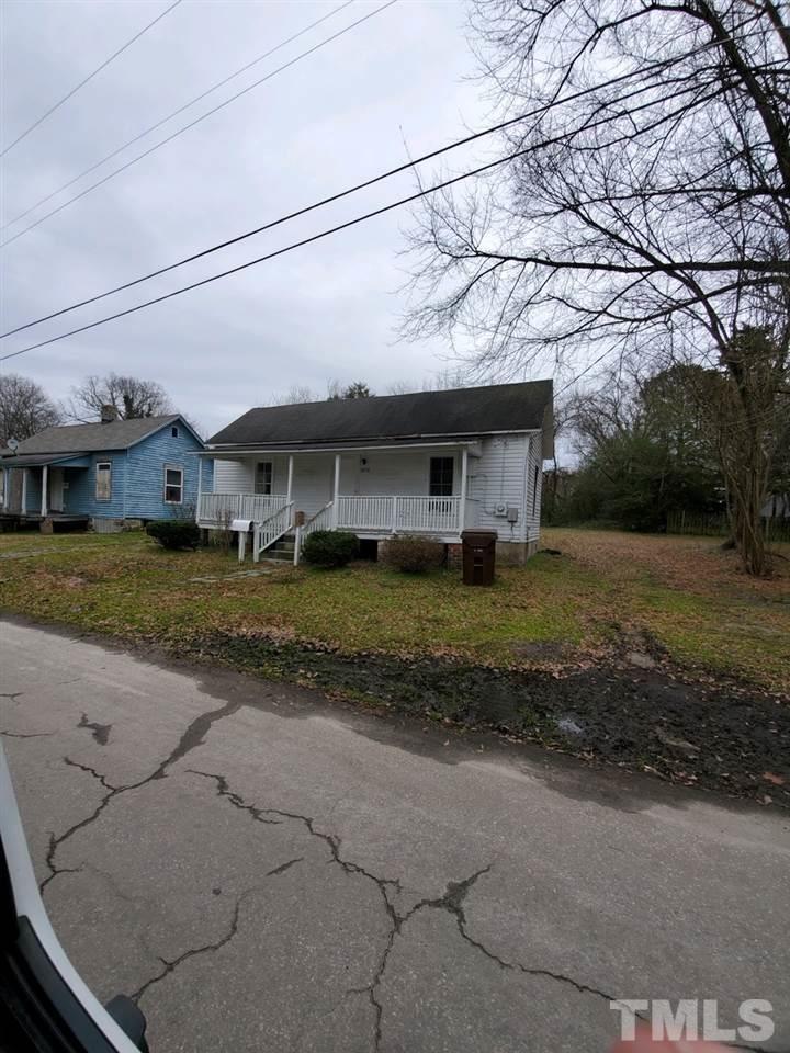 806\/810 Vaughan Street, Henderson, NC 27536 - MLS#: 2300222