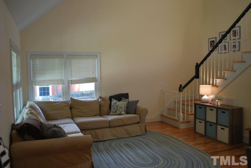 Photo of 918 Dixie Trail, Raleigh, NC 27607 (MLS # 2399267)
