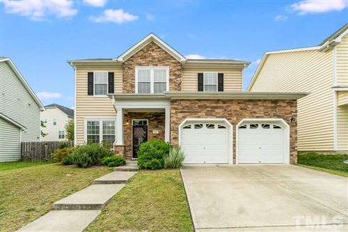 Photo of 814 Shefford Town Drive, Rolesville, NC 27571 (MLS # 2321268)