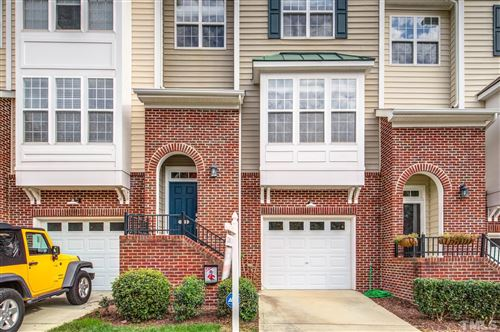Photo of 5417 Crescentview Parkway, Raleigh, NC 27606-4520 (MLS # 2415270)