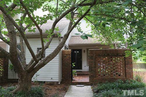 Photo of 15 Bloomsbury Court, Chapel Hill, NC 27517 (MLS # 2329465)