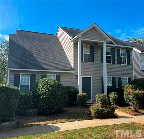 Photo of 153 Danesway Drive, Holly Springs, NC 27540 (MLS # 2413516)