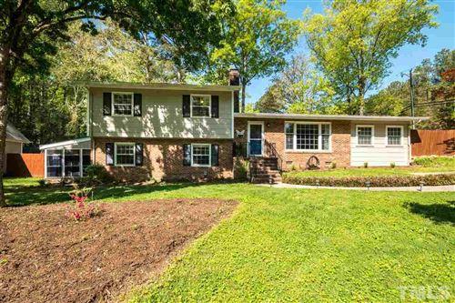 Photo of 600 Longleaf Drive, Chapel Hill, NC 27517 (MLS # 2376527)