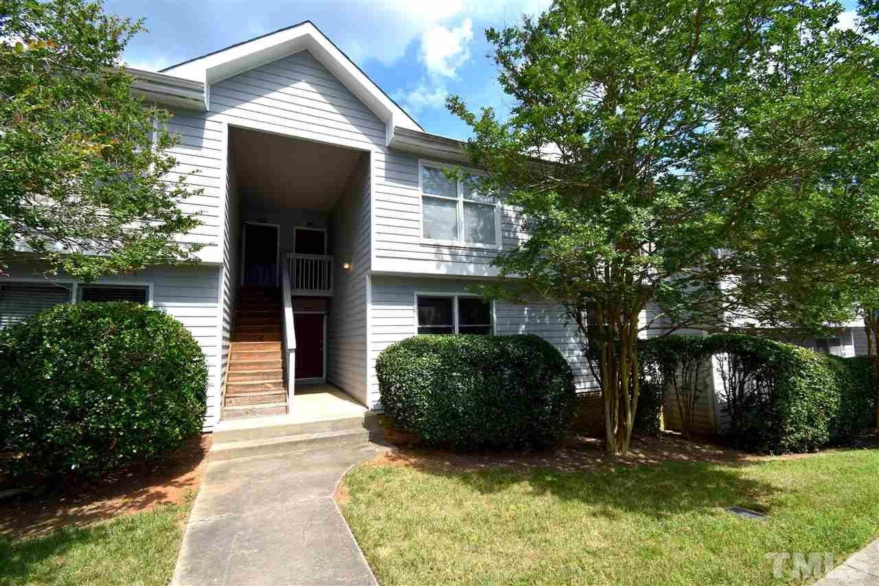 Photo of 204 McGregor Drive #204, Chapel Hill, NC 27514 (MLS # 2328536)