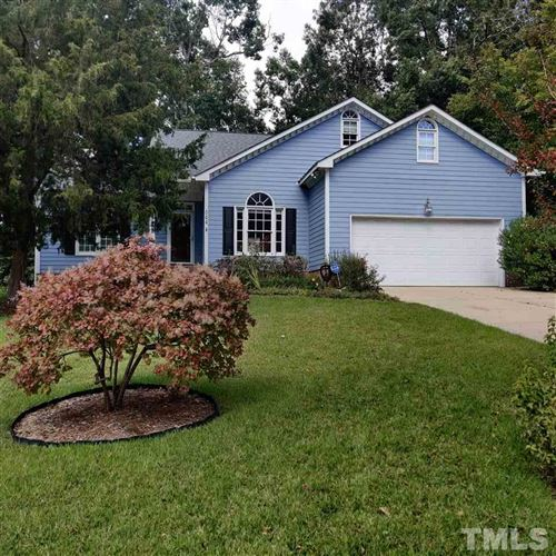 Photo of 504 Wild Holly Lane, Holly Springs, NC 27540 (MLS # 2346704)