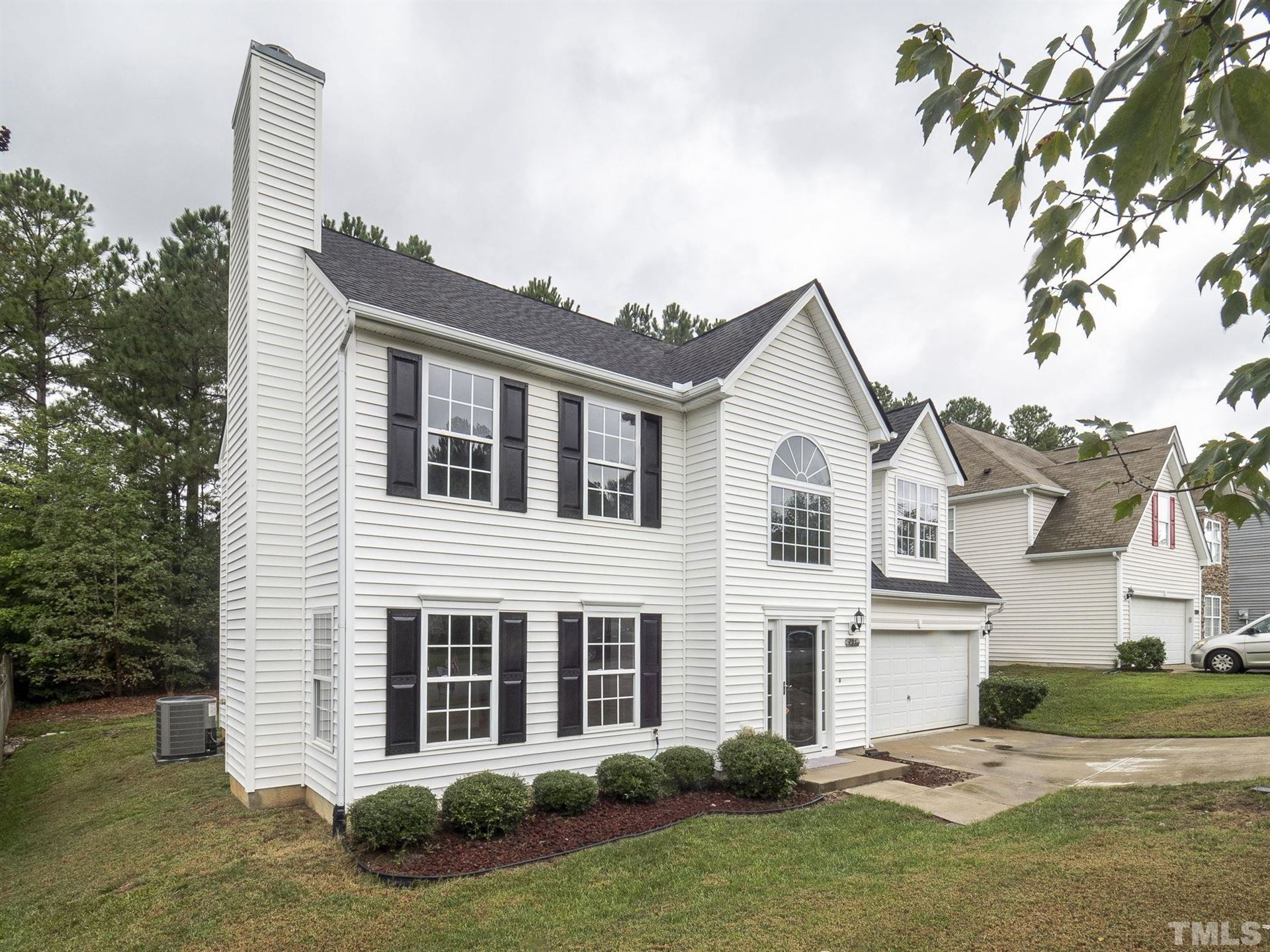 Photo of 701 Holly Thorne Trace, Holly Springs, NC 27540 (MLS # 2408729)