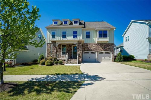 Photo of 1016 Woodland Grove Way, Wake Forest, NC 27587 (MLS # 2311730)