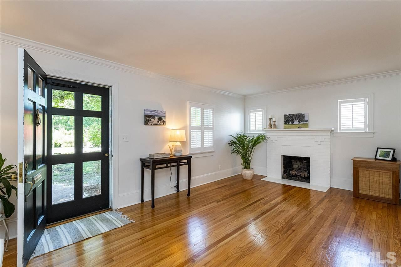 Photo of 700 Dixie Trail, Raleigh, NC 27607 (MLS # 2389761)