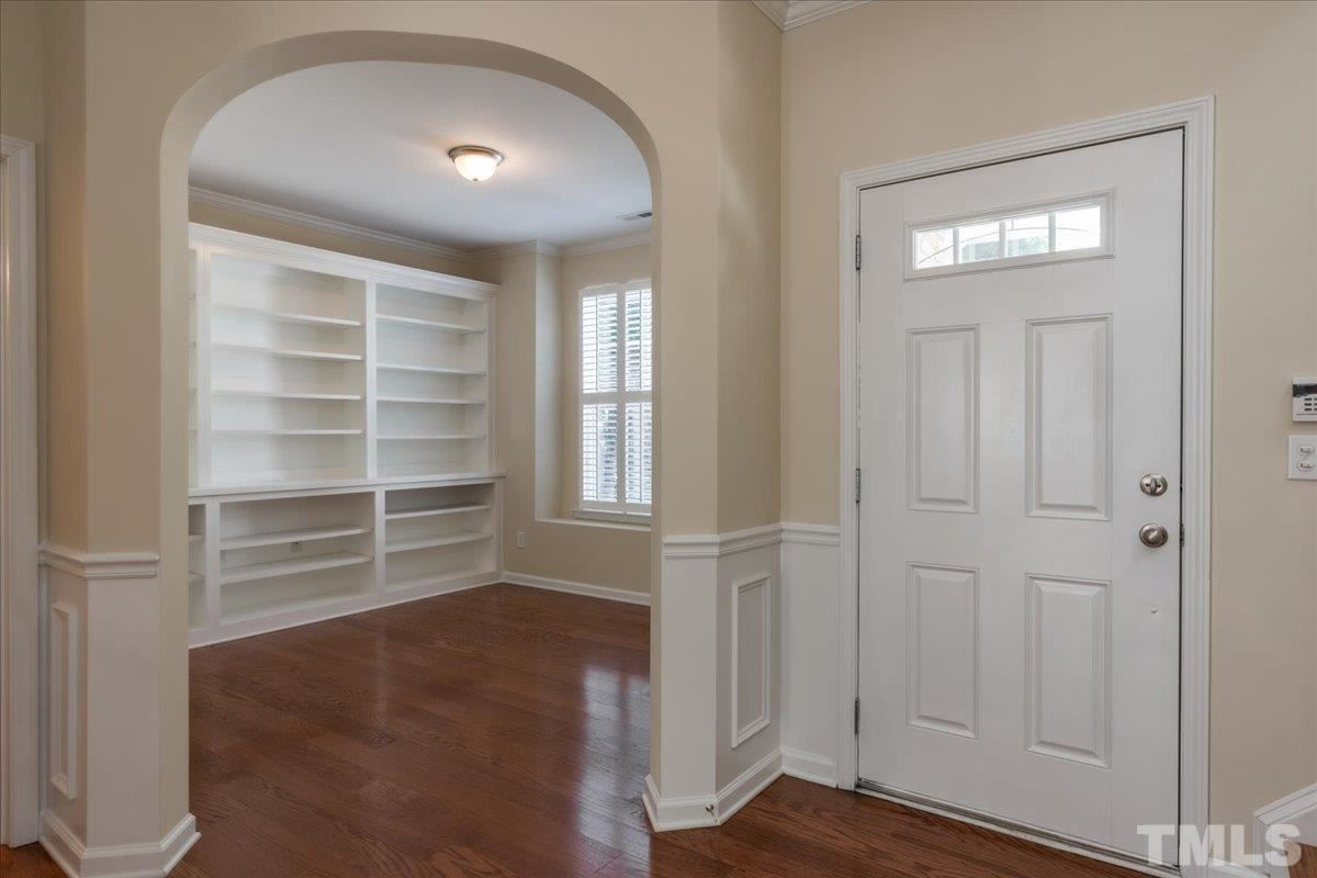 Photo of 4941 Lady Of The Lake Drive, Raleigh, NC 27612-3079 (MLS # 2389803)